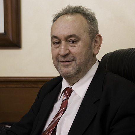 Radoslav Mačinković, osnivač