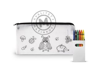 Pencil case with crayons, Kinder