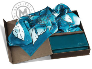 Set silk scarf and leather wallet, 871